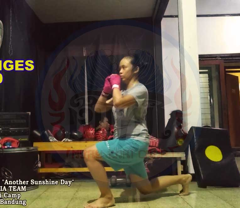 exercise 2 long lunges